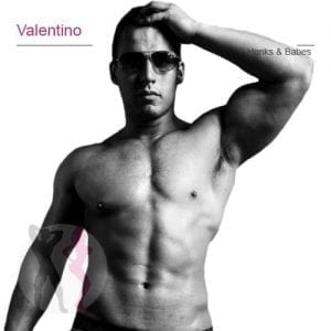 WAM-Valentino-stripper
