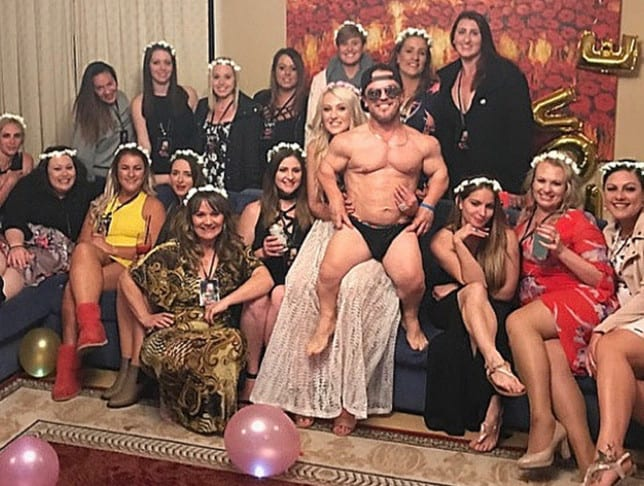 dwarf who struggled to get a date lands dream job getting paid to strip for adoring women